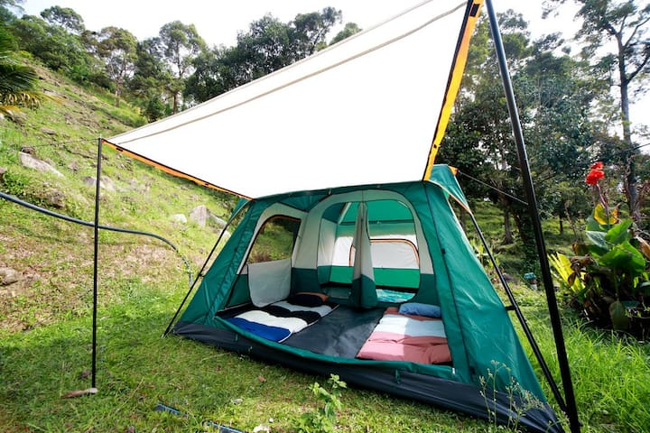 Ara Peak Camping