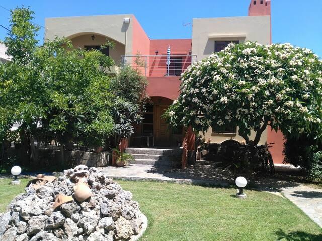 Nikita's house- Αpartment between Chania and Balos