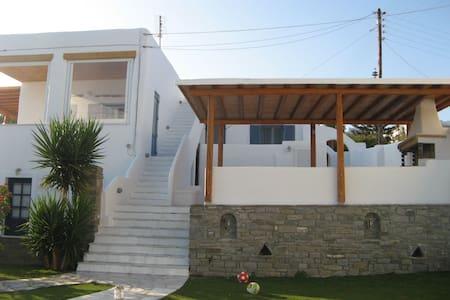 Jim's house - Paros - Villa