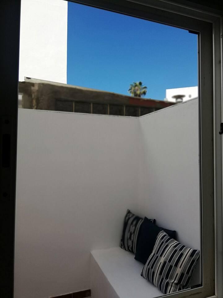 Apartamento patio y piscina cerca de Las Canteras.