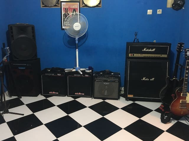 Music room studio