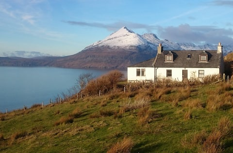 Truly fabulous views of the Cuillins and Islands!
