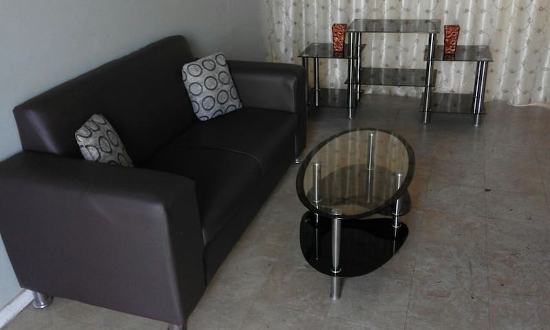 A flat with WIFI + DSTV with maximum comfort - Pretoria - Appartement