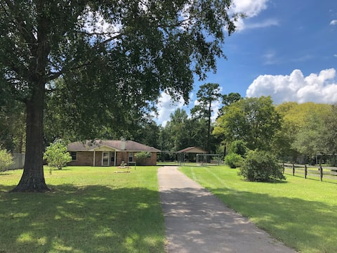 Big Thicket National Forest Family Home