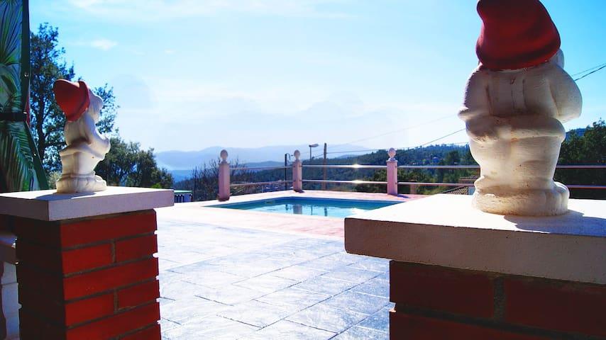 Villa Adrián - Riudarenes