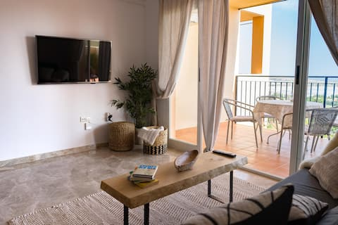 NEWLY RENOVATED Apartment with sea-view in Bonalba