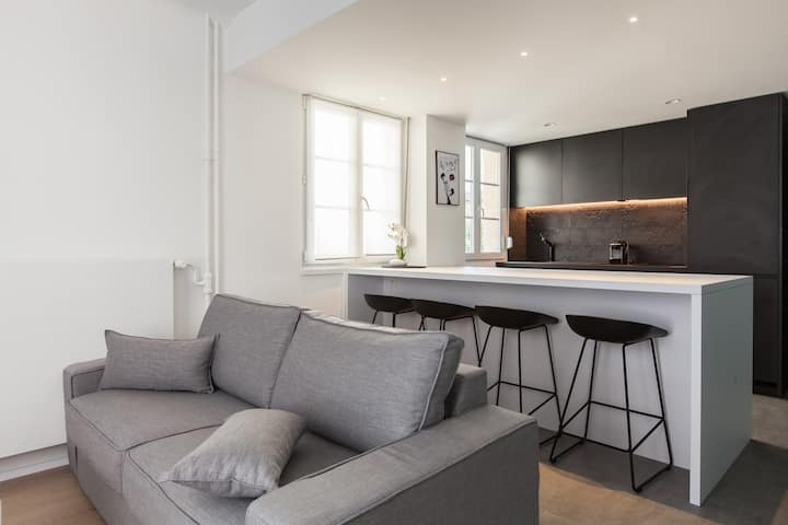 Modern and Design flat in Citycenter