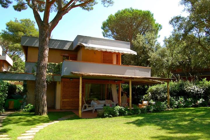 Villa Fortuna, in pineta a pochi passi dal mare