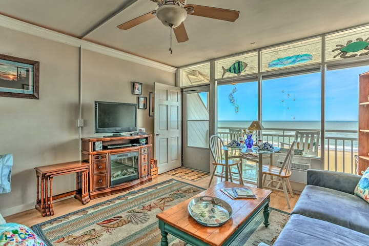 NEW! Oceanfront Virginia Beach Studio w/ Balcony!