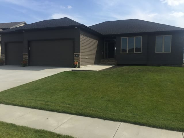 Entire Brand New Home, 3 Beds, 3 baths, Garage - West Fargo
