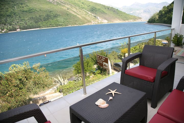 One-Bedroom Apartment with Balcony and Sea View (4 Adults) 100073 - Lepetane - Apartment