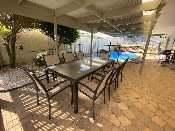 4BR Home Pool, Pets OK, Games Room, Coolum Beach