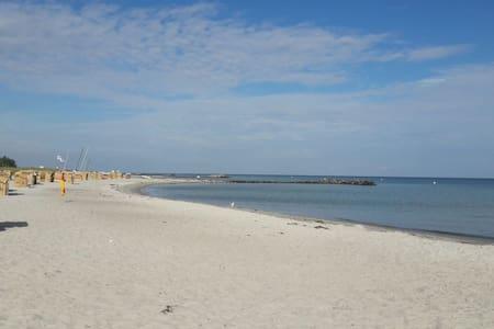 Tolles BEACH APPARTEMENT - Schönberg - Pis