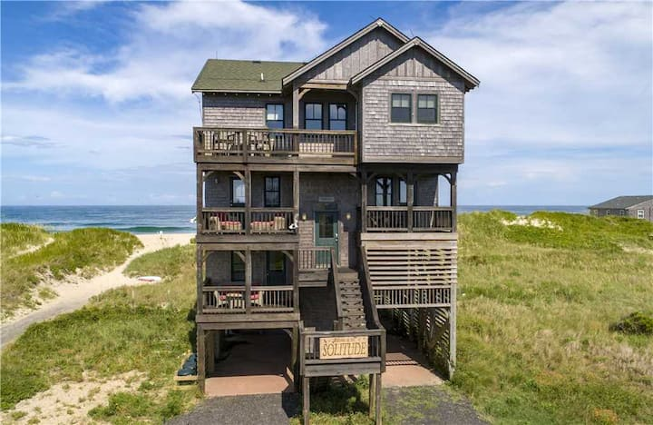 6BROceanfront + Wetlands ★ 7 Decks, Jacuzzi, Pets