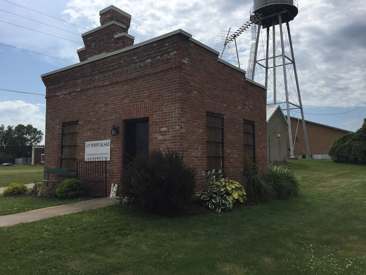 Historic Wykoff Jail Haus