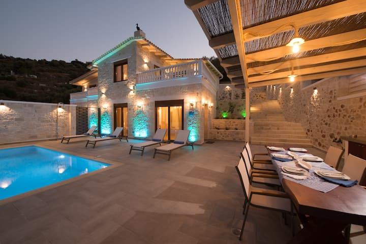 Villa Ervin - 3 Bedroom with private pool