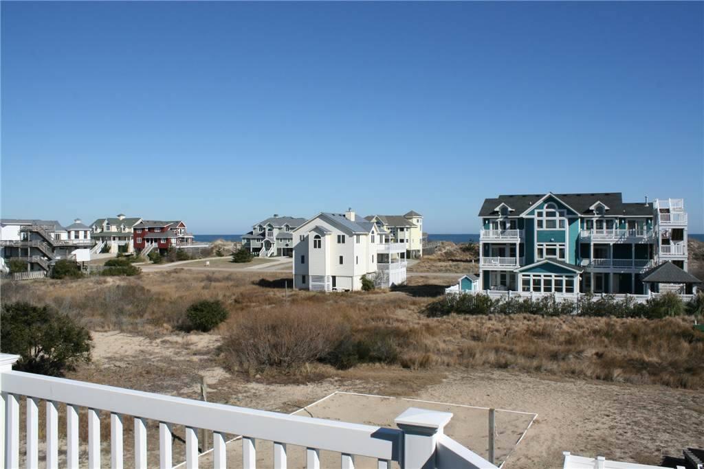 Building,Villa,House,Boardwalk,Deck