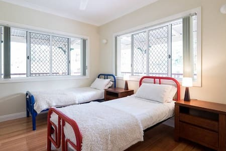 Country Retreat close to Brisbane (2 Single Beds) - Cashmere - Bed & Breakfast