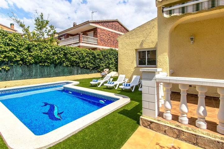 Villa with 4 bedrooms in Calafell, with private pool, enclosed garden and WiFi - 2 km from the beach