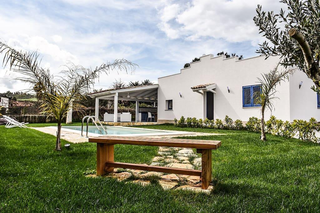 Villa Alcamo Affitto Piscina