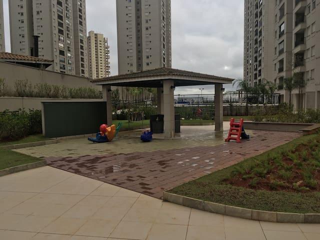 Apartamento com 2 quartos - 64m2 - São Paulo - Apartament