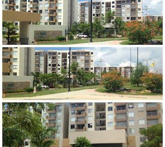 Espectacular Apartamento Hacienda Peñalisa Bambú - Girardot