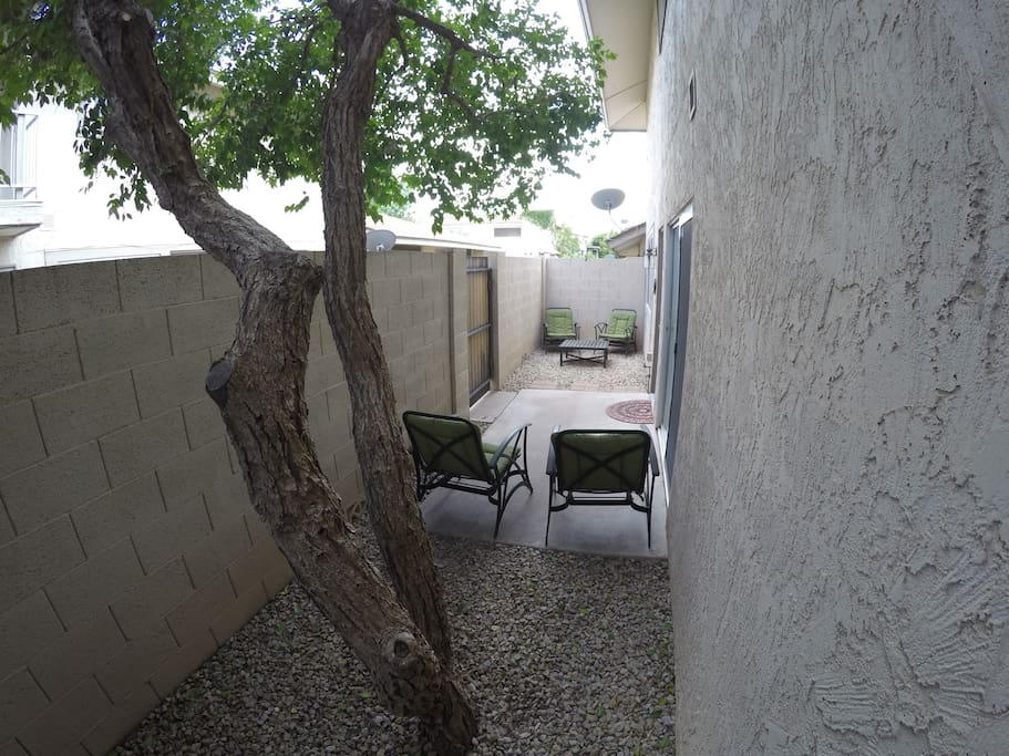 Furnished outdoor courtyard to enjoy the perfect Arizona weather.