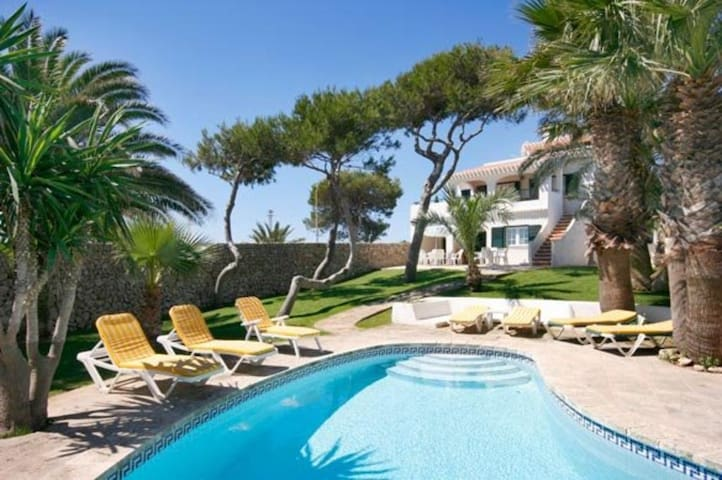 Family-friendly Villa in Menorca sea views & pool