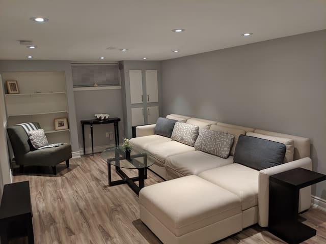 Lovely 2 Bedroom Lower Level Apartment