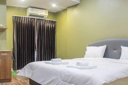 Trang Centerpoint Hostel 32