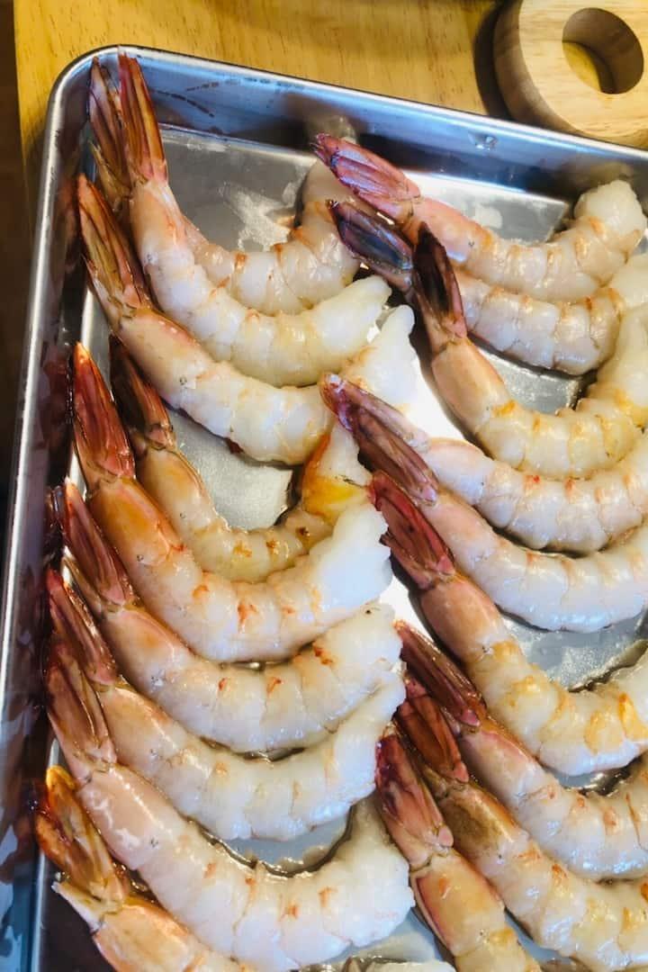 Secrets to make shrimp straight!