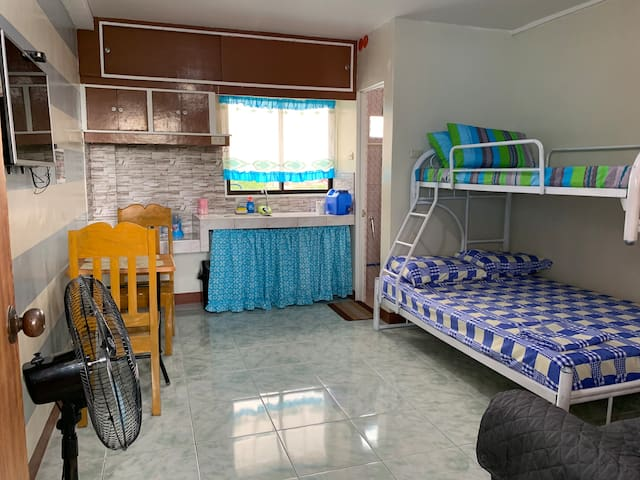 Affordable studio type room in Mandaluyong