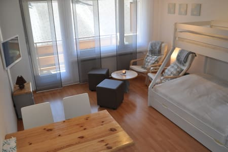 Centrally located studio - Free Wifi Access - Leukerbad - Daire