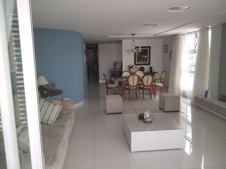 Apartamento espaçoso e confortável