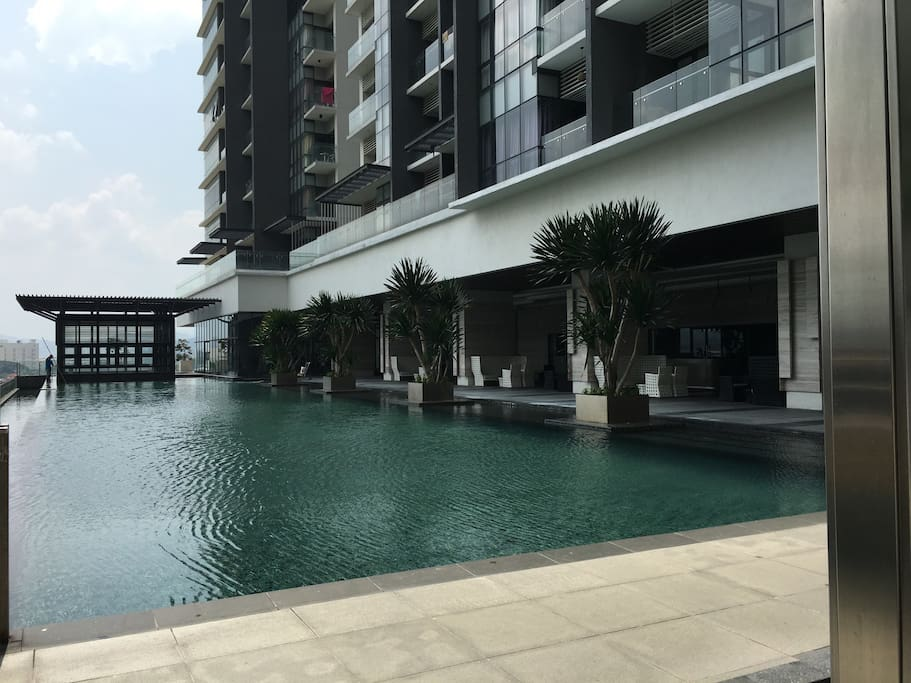 The swimming pool area at the 6th floor.