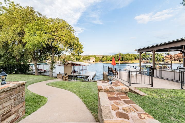 NEW!! Incredible waterfront property on Lake LBJ