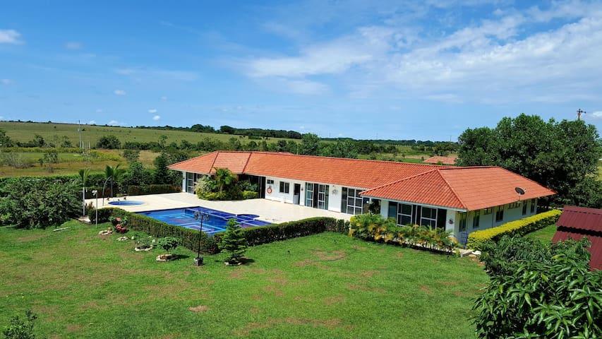 Villa Margarita en el condominio sol del llano