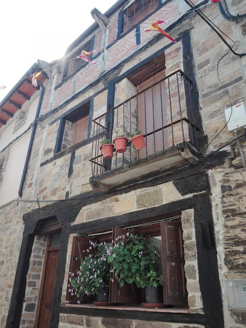 Casa Triskelion.Turismo Rural(4-8 plazas)