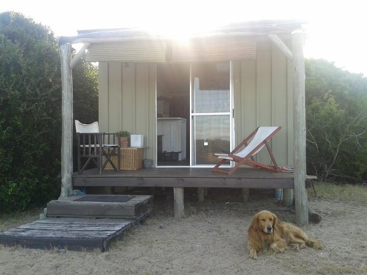 Cabaña de madera simple,  en Brisas del Polonio!!