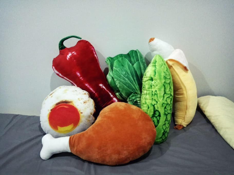 Do take photos with these cute food pillows!