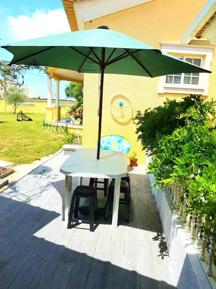 Haus mit 2 Schlafzimmern in Ponte de Vagos mit eingezäuntem Garten und W-LAN - 15 km vom Strand entfernt