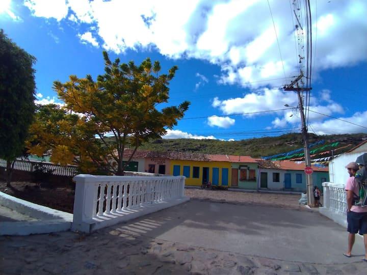 Casa mobiliada p/ 4 pessoas Centro Mucugê