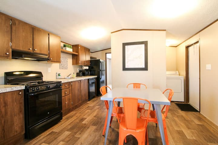 RSH 1 - Single level home just minutes from Arches N.P