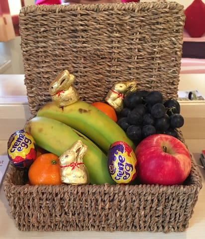 Complimentary guest treats - Easter theme