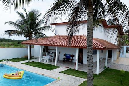 Linda casa em Peruíbe
