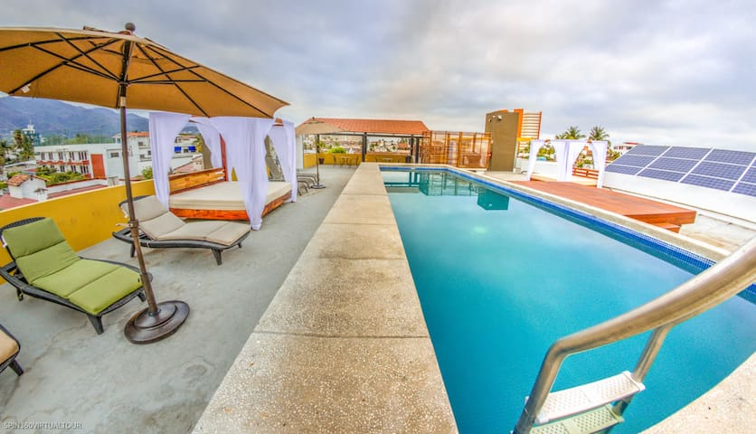 Gorgeous View Apartment with Roof Top Pool #11