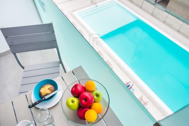 42k Corralejo Seaside Apartment with pool