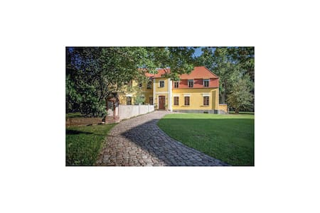 Holiday cottage with 5 bedrooms on 160m² in Wolin