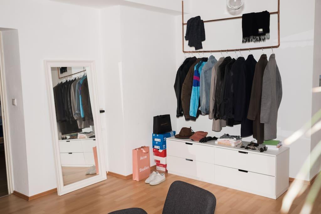The room (3) / Closet
