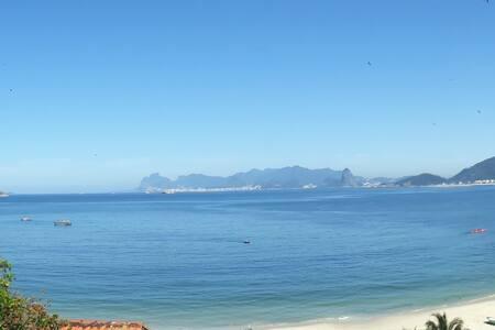 Suíte Verde Mar Praia de Itaipu